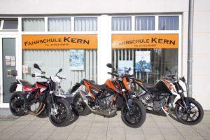 Fahschule, Motorräder, Image